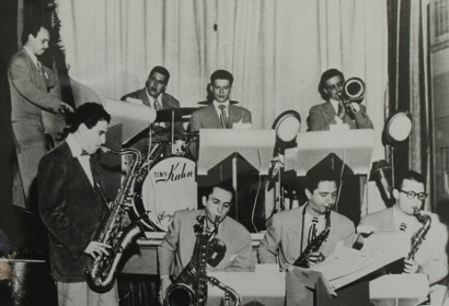 Image of Jimmy Jones, Georgie Auld, Tiny Kahn, Serge Chaloff, Red Rodney, Gene Zanoni, Gene Roland, Al Epstein, NYC 1947.